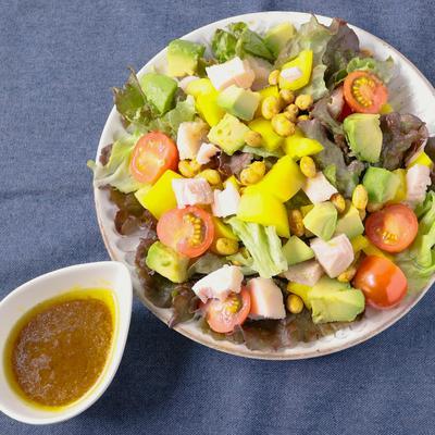 余った福豆でスパイシーカリカリサラダ