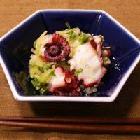 シンプルな美味しさ!タコとセロリのサラダ