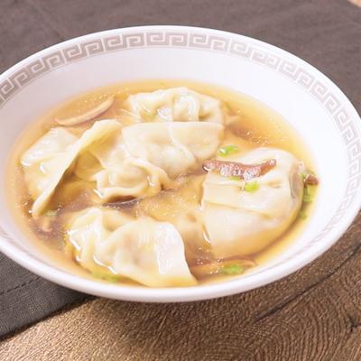 青唐辛子餃子の旨辛はるさめスープ