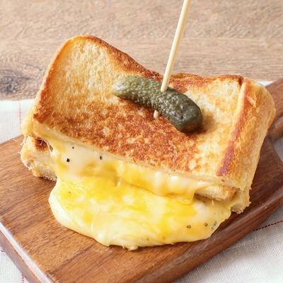 3種のチーズメルトトースト