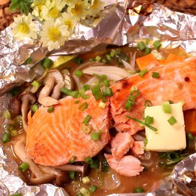 トースターで鮭のちゃんちゃんホイル焼き