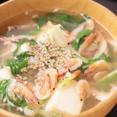 桜エビとシャキシャキ水菜たっぷりの食べる塩麹スープ