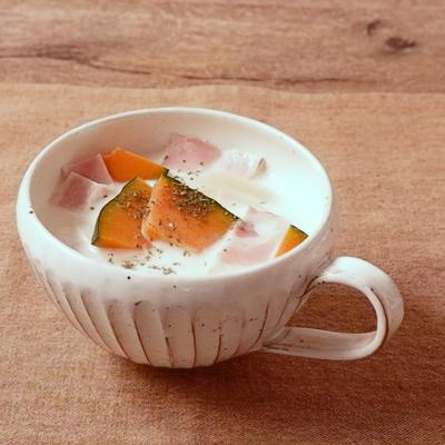 レンジで作る カボチャとベーコンの洋風ミルクスープ