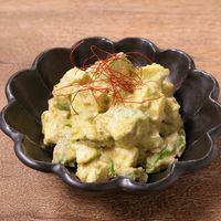 アボカドとモッツァレラチーズの明太マヨサラダ