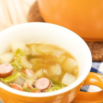具材たっぷり 野菜スープ