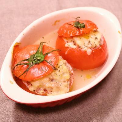 トマトの肉詰めアンチョビ風味