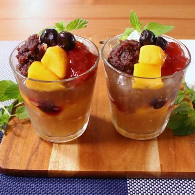 涼しげな フルーツ水まんじゅうパフェ