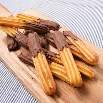 オーブンで作る チョコレート絞りクッキー
