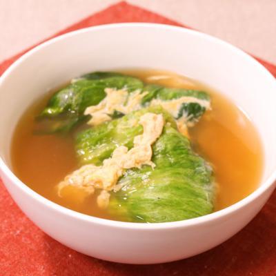 豆腐を使って ロールレタスかきたまスープ