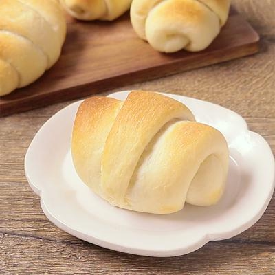 バター香る ロールパン