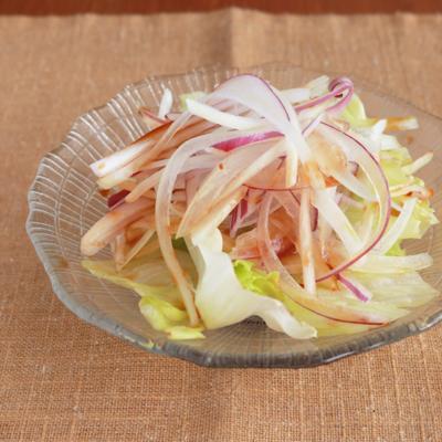 手作りノンオイルドレッシングで 辛くない玉ねぎサラダ