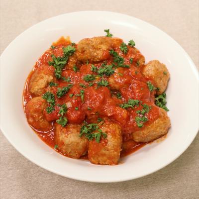 簡単肉おかず!ミートボールのトマト煮
