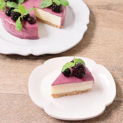 ブラックベリーのレアチーズケーキ