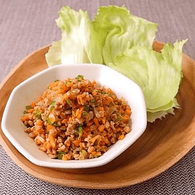 野菜たっぷり 大豆ミート肉みそのレタス包み