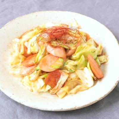 魚肉ソーセージとキャベツの韓国風炒め