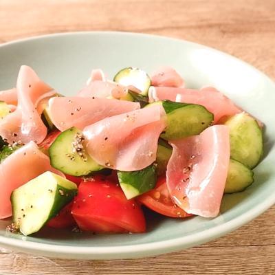 生ハムときゅうりの簡単サラダ