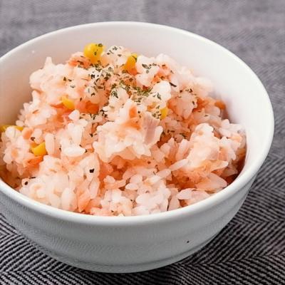 鮭とコーンの塩バター混ぜごはん