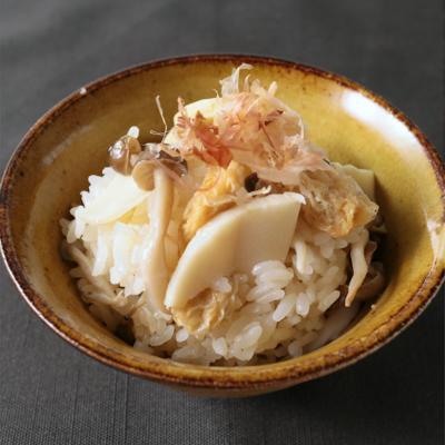 タケノコとしめじの炊き込みご飯