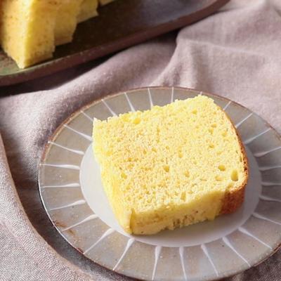 ホットケーキミックスで カステラ風ケーキ