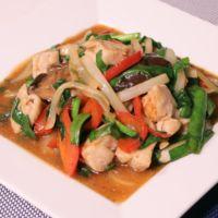 ご飯がすすむ!鶏むね肉の中華炒め