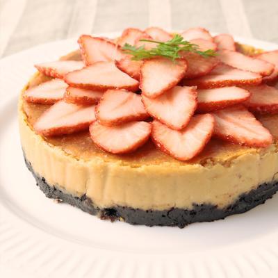 かわいい いちごの濃厚チーズケーキ