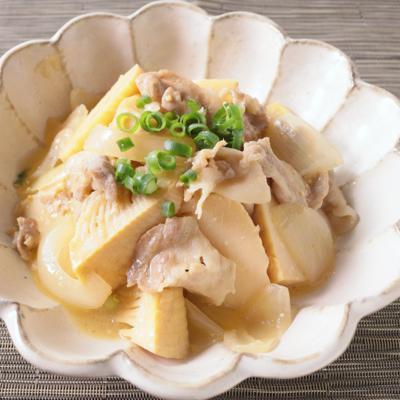 たけのこと豚バラの味噌バター炒め煮