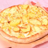 手作りが美味しい!新じゃがマヨコーンピザ