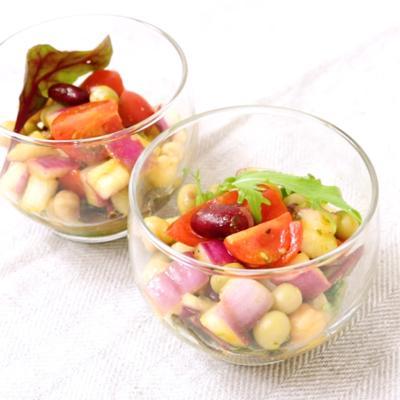 カレー風味のスパイシー豆サラダ
