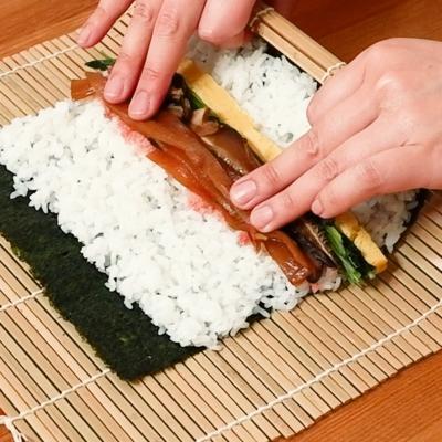 巻き寿司の巻き方/太巻き