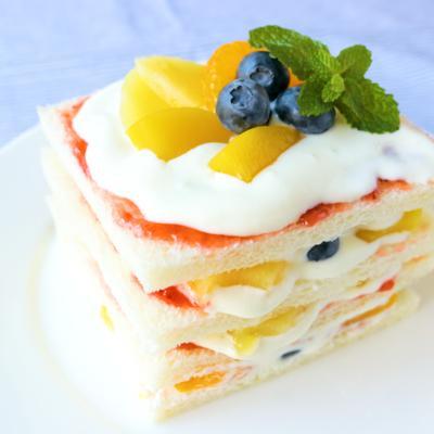 サンドイッチパンで作る簡単ケーキ