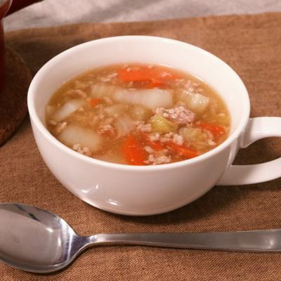 麺つゆで簡単!白菜のそぼろあんかけスープ