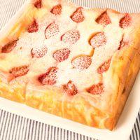 混ぜて焼くだけ いちごのベイクドチーズケーキ