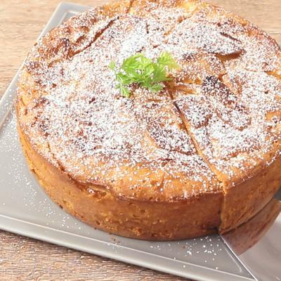 りんごとパルメザンチーズのガトーインビジブル
