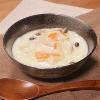優しい味 キャベツと水晶鶏の豆乳スープ