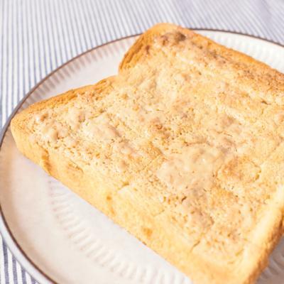 練りごまとはちみつのトースト