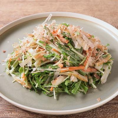 水菜とちくわの胡麻マヨサラダ