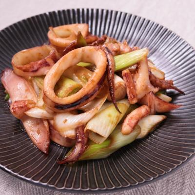イカと長ネギの生姜しょうゆ炒め