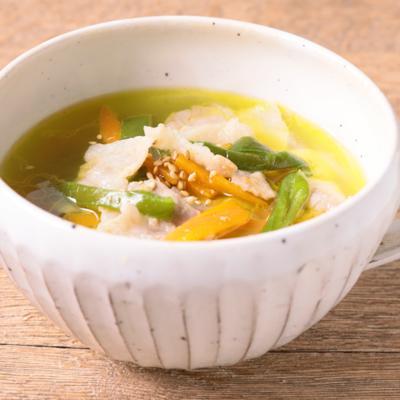 ピーマンと豚肉の春雨スープ