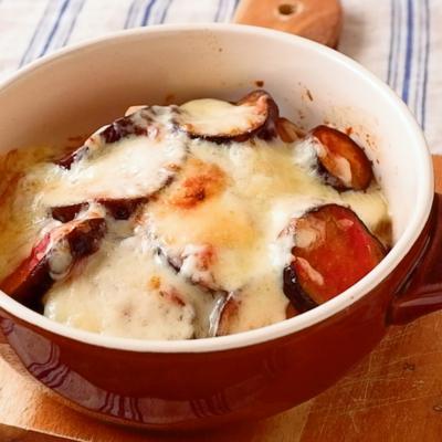 トースターで簡単 ナスとトマト缶のチーズ焼き