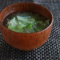 葉野菜たっぷりお味噌汁