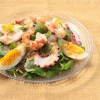 糖質控えめのオニオンドレッシングで 海鮮サラダ