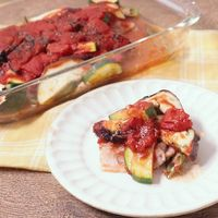 たっぷり夏野菜と豚バラ肉のトマト煮込み