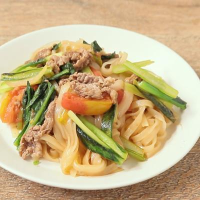 牛肉と小松菜の炒めフォー