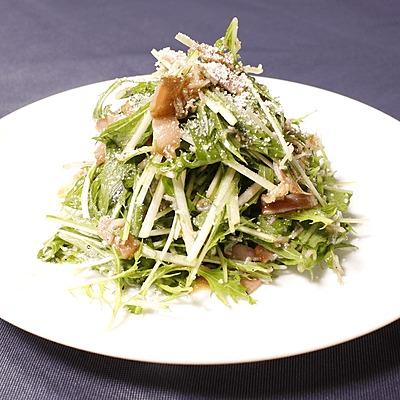 ベーコンとしらすのシャキシャキ水菜サラダ