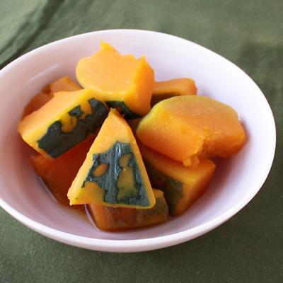 牛肉ダシの素で かぼちゃの煮物