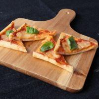 油揚げでマルゲリータピザ