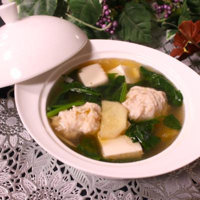 ほうれん草と肉団子の生姜スープ