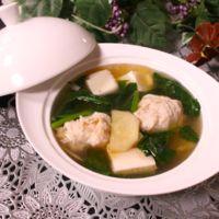 体あったまる♪ ほうれん草と肉団子の生姜スープ