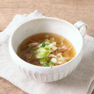 キャベツとベーコンの和風スープ
