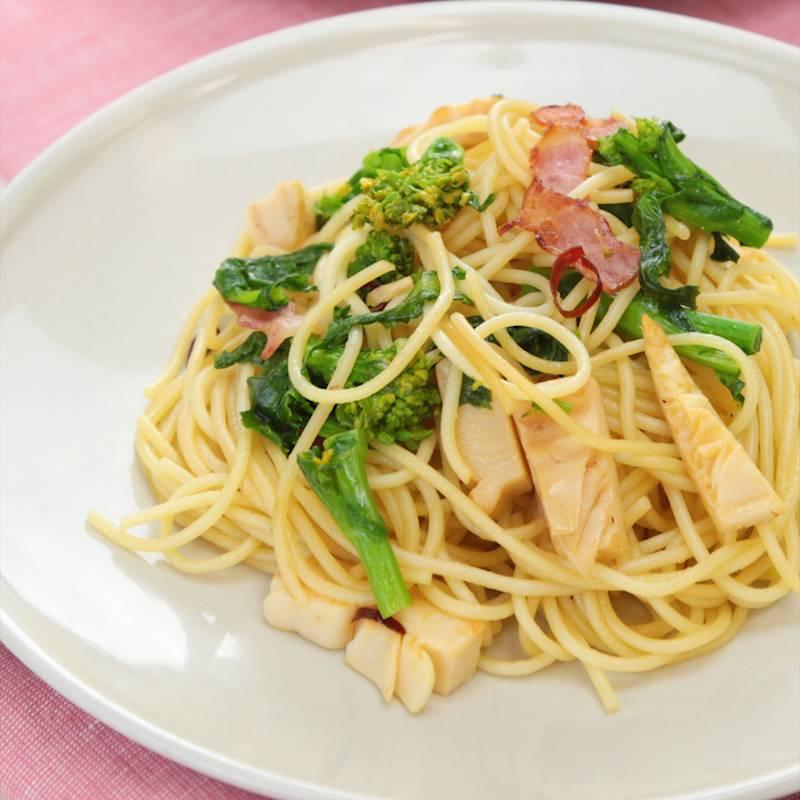 水菜とベーコンのペペロンチーノ